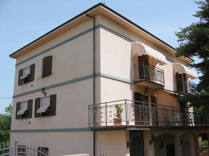 Tende da sole Capottina - Iper Serramenti San Mauro